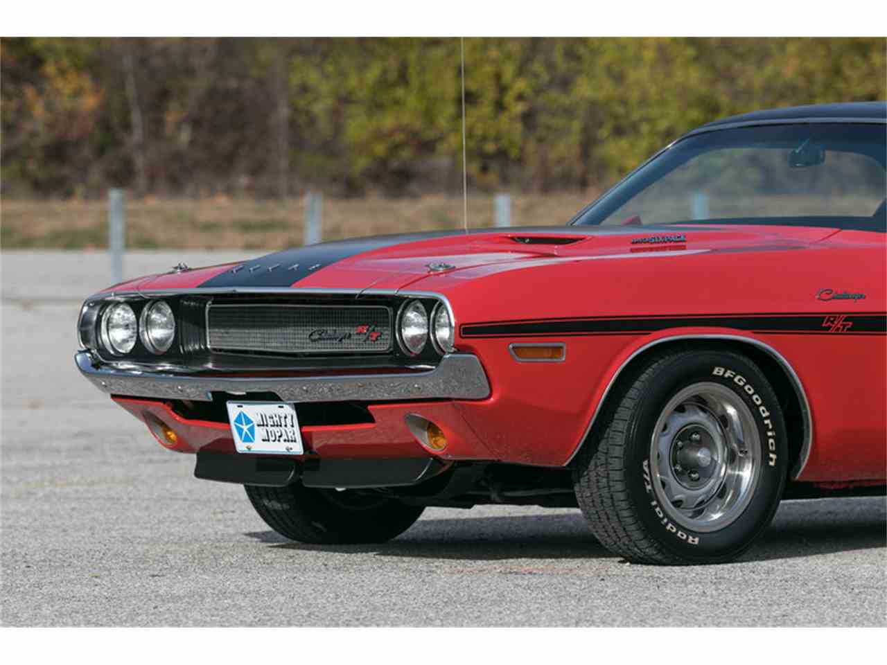 Large Picture of 1970 Challenger R/T - MF41