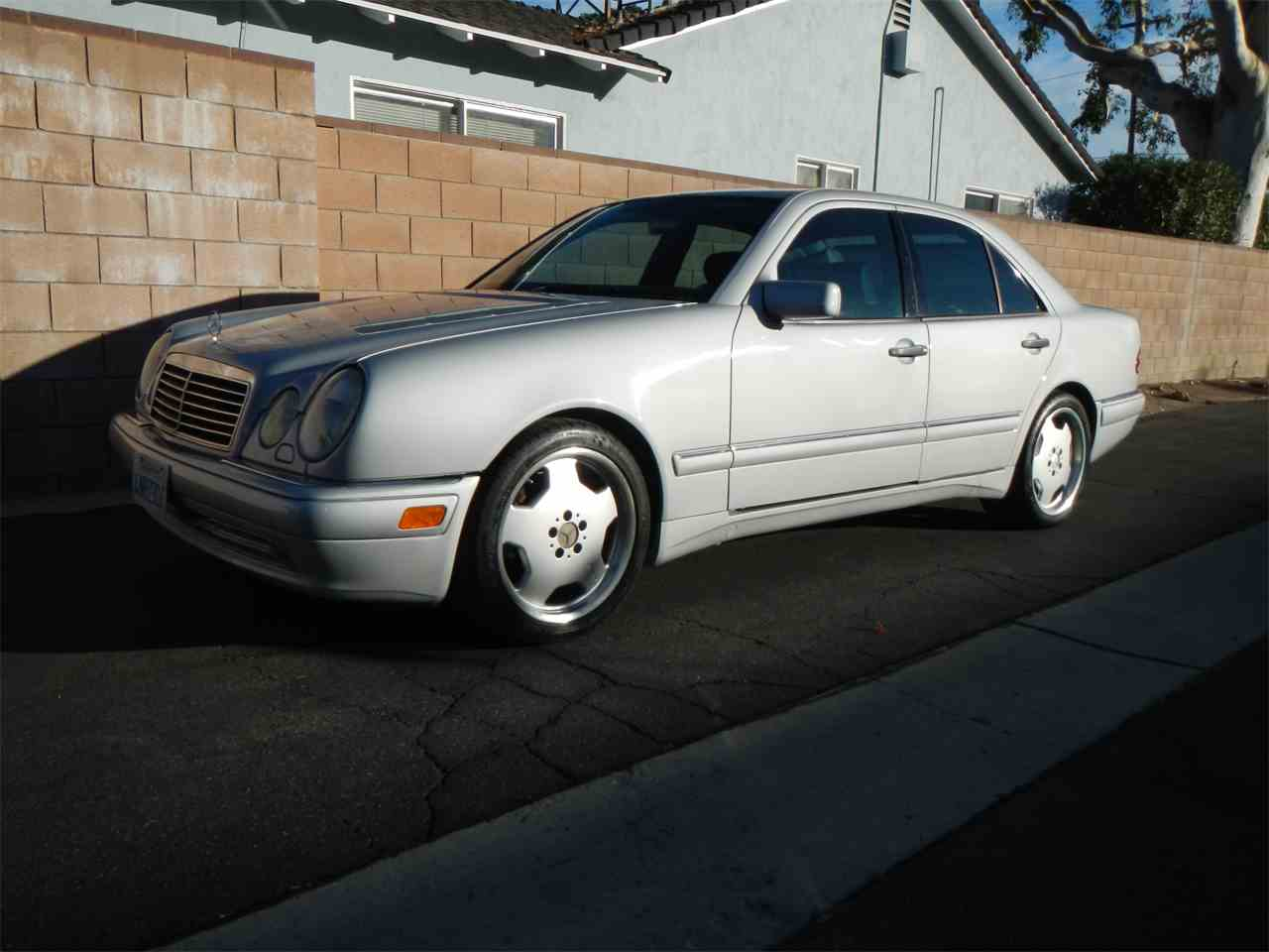 Large Picture of 1999 Mercedes-Benz E55 - MFA0