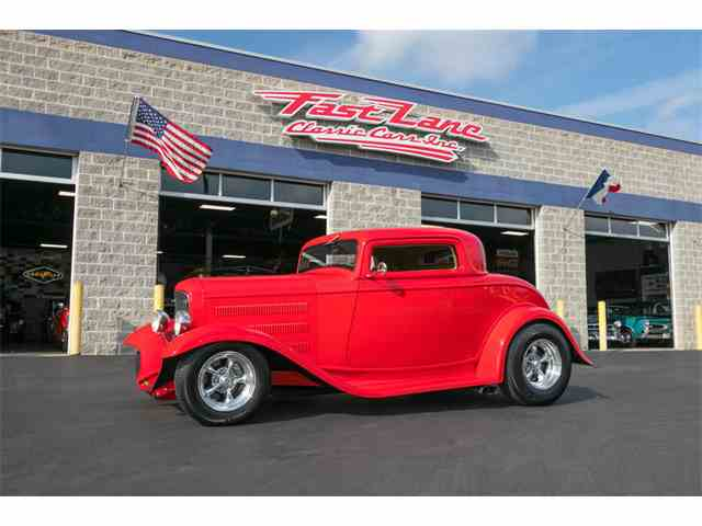1932 Ford 3-Window Coupe | 1040657