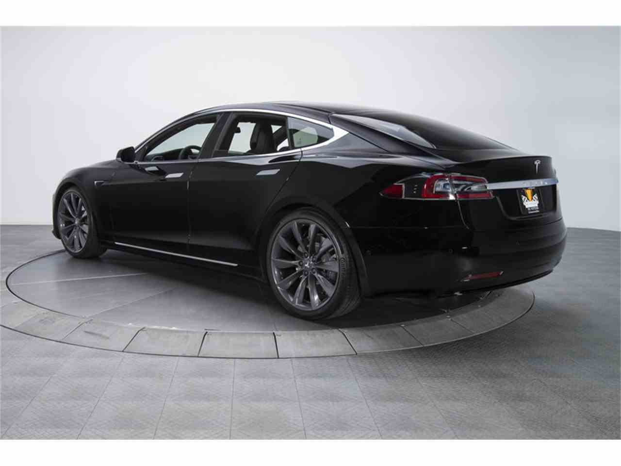 Large Picture of '17 Model S - MFL6