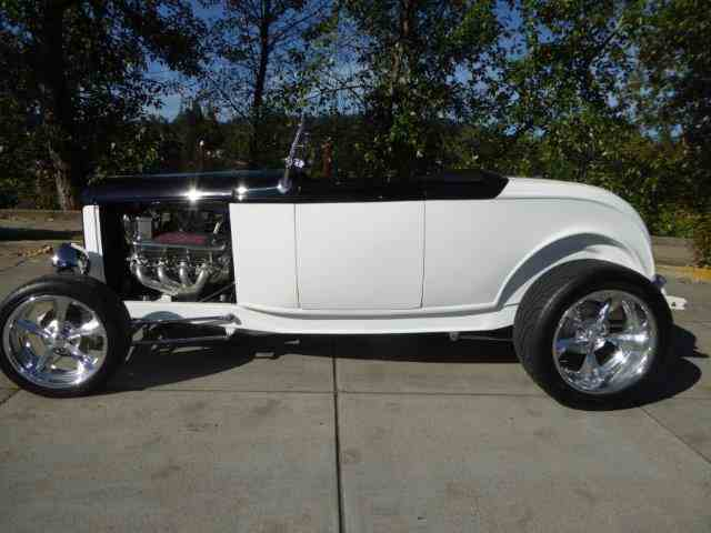 1932 Ford Roadster | 1046660
