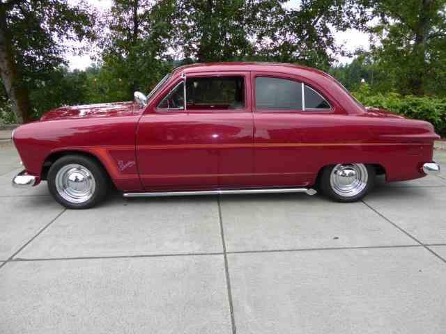 1949 Ford Custom | 1046928