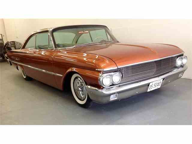 1961 Ford Starliner | 1040693