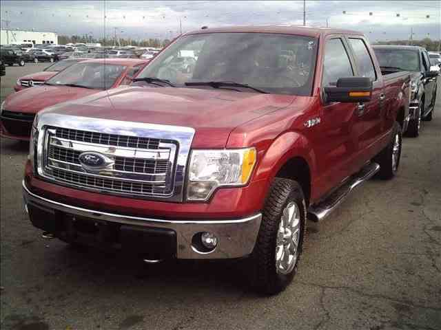 2014 Ford F150 | 1046987