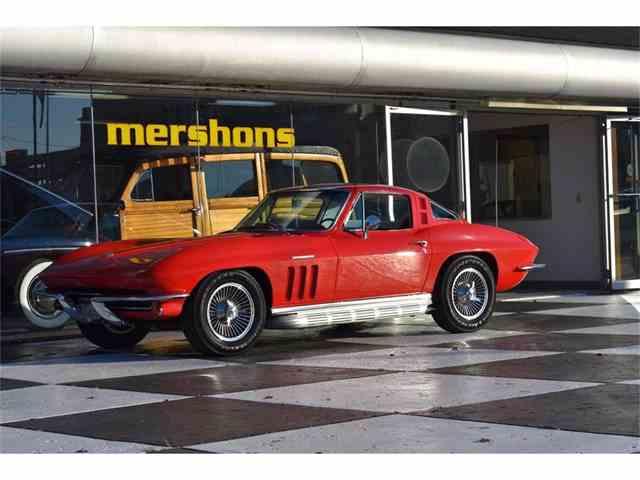 1965 Chevrolet Corvette | 1047031