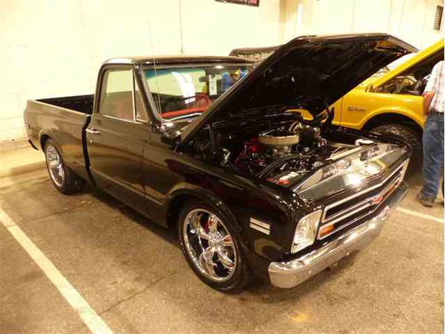 1968 Chevrolet C10 | 1040705