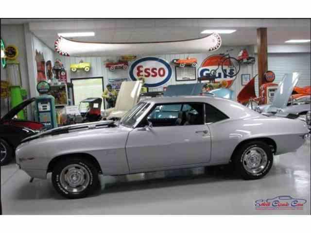 1969 Chevrolet Camaro | 1047261