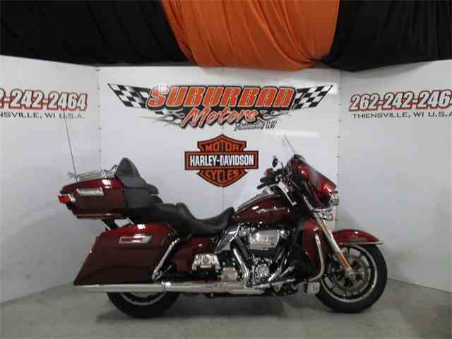 2017 Harley-Davidson® FLHTK - Ultra Limited | 1040731