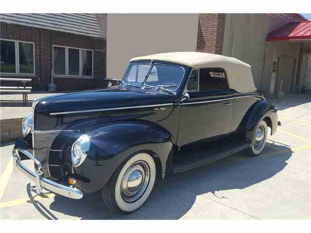 1940 Ford Deluxe | 1047411