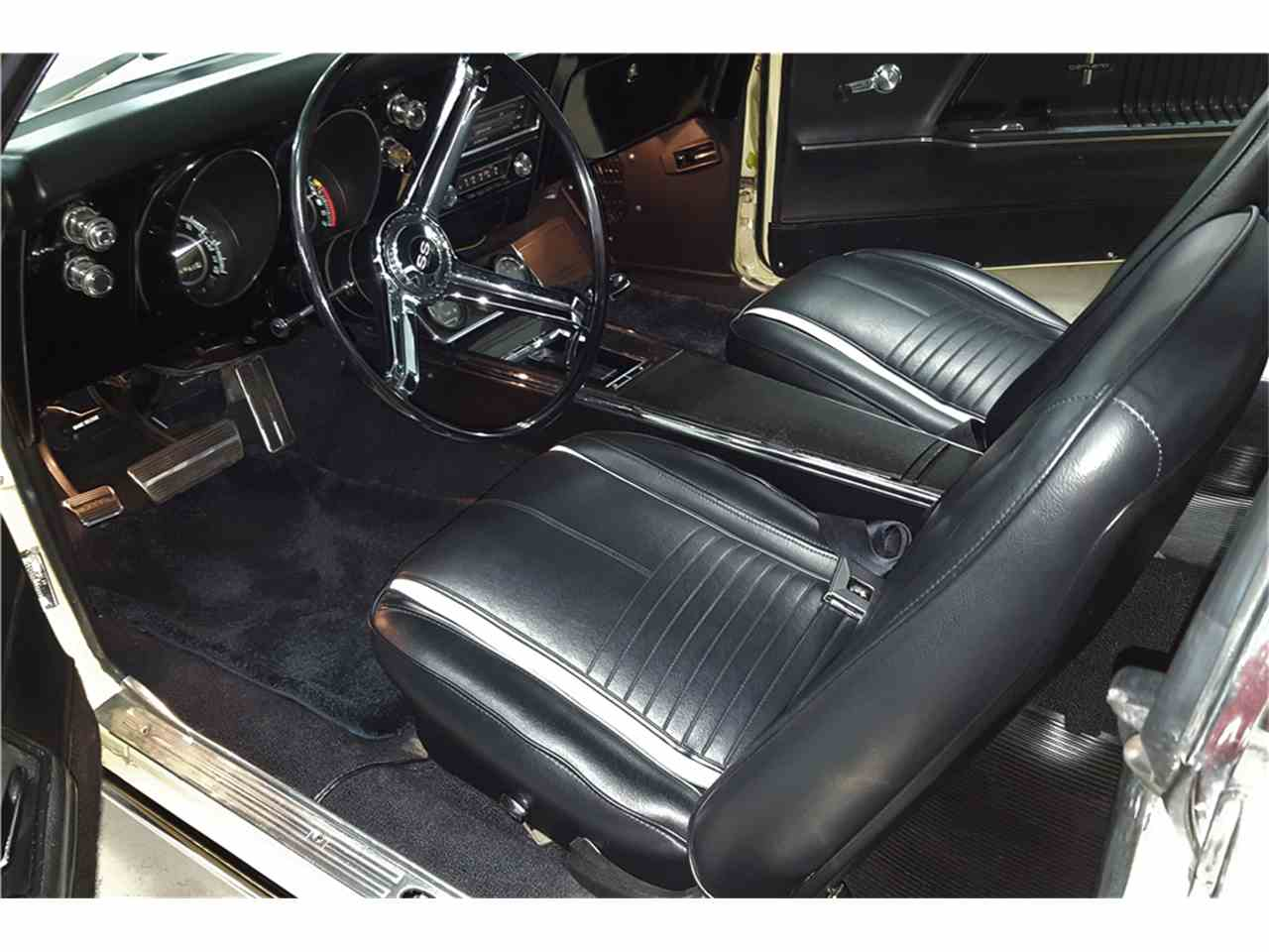 Large Picture of '67 Camaro - MG93