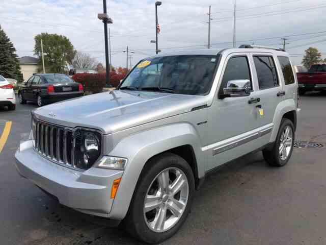 2012 Jeep Liberty   1040764