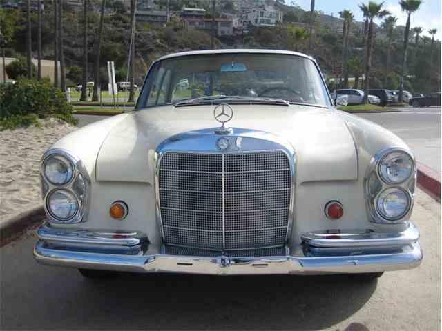 1967 Mercedes-Benz 250SE | 1047903