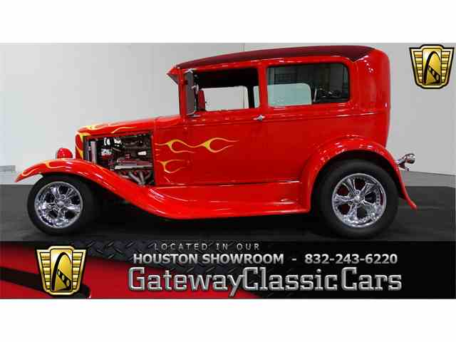 1930 Ford Coupe | 1048101