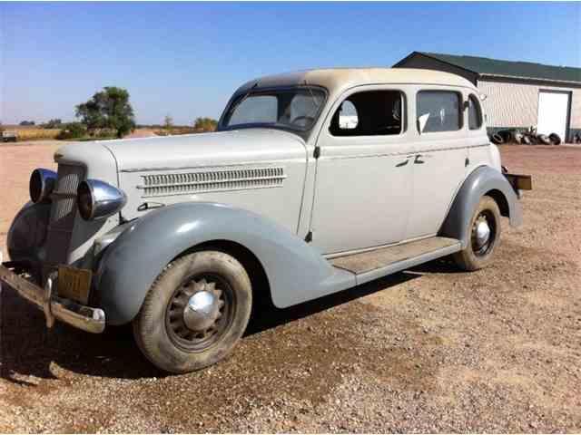 1935 Dodge Sedan | 1048265