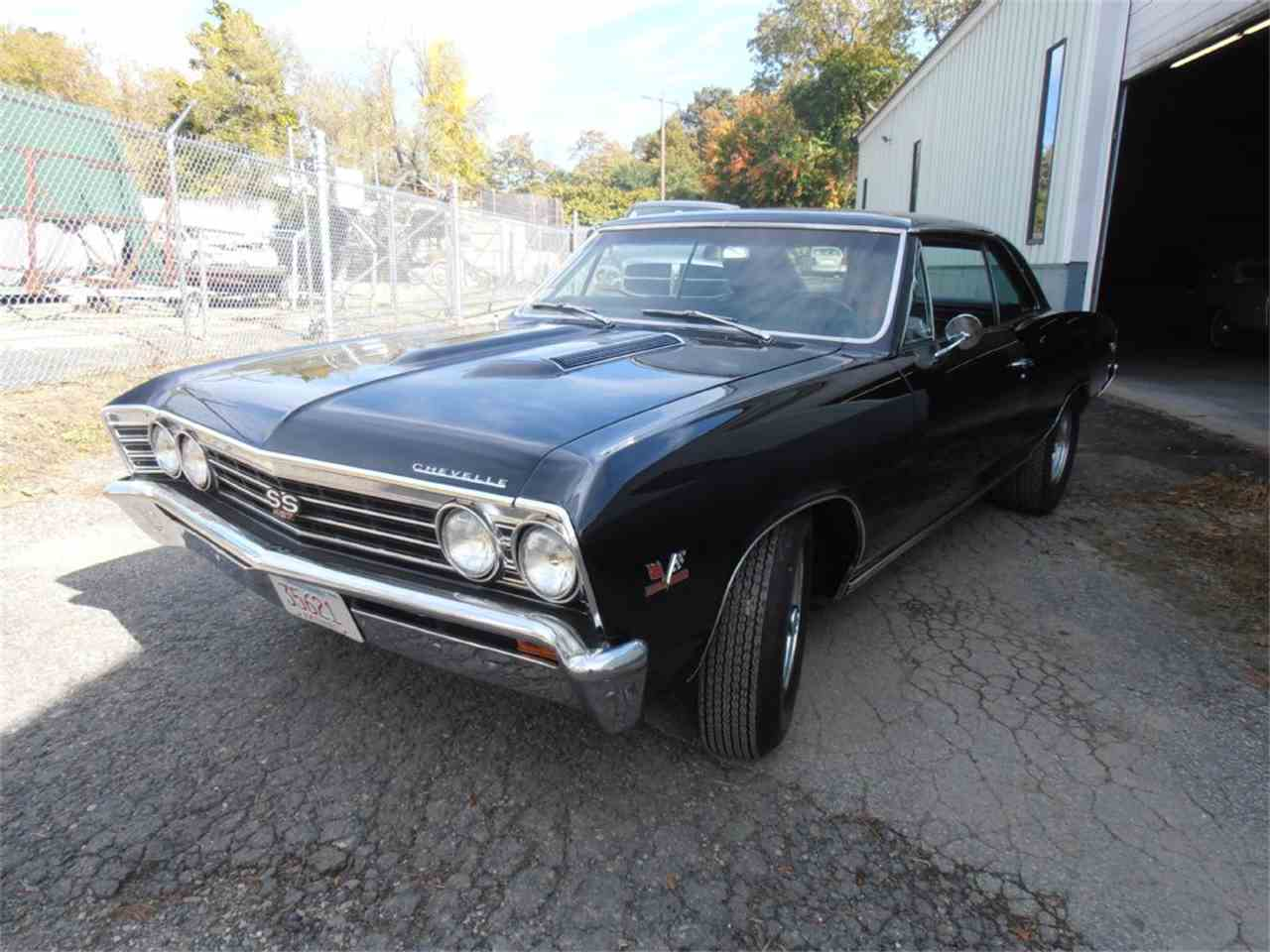 Large Picture of '67 Chevelle SS - MGUN