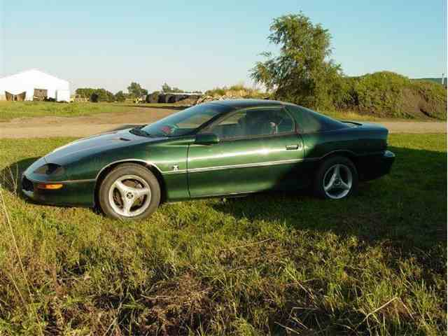 1997 Chevrolet Camaro | 1048294