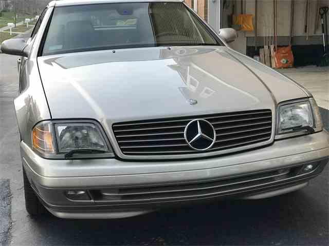 1999 Mercedes-Benz SL500 | 1048322