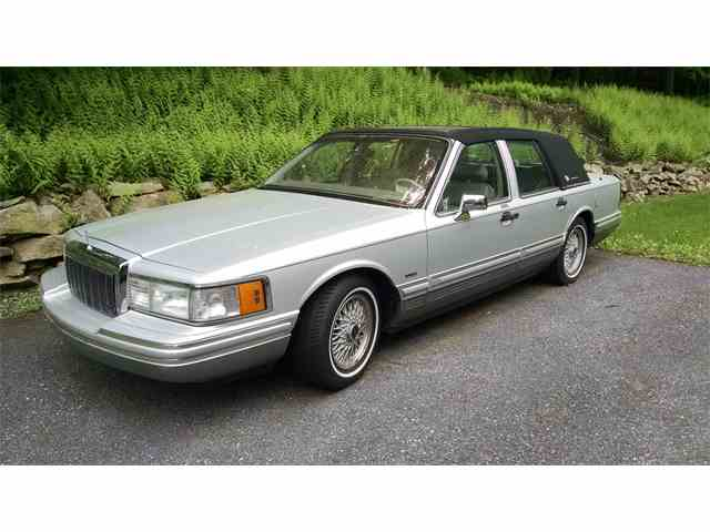 Picture of '91 Lincoln Town Car - MGWA