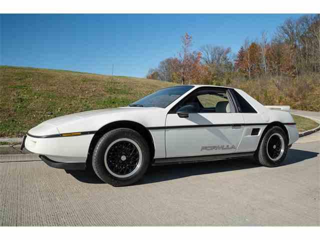 1988 Pontiac Fiero | 1048752