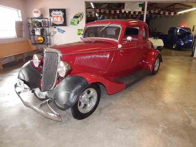 1934 Ford Model 40 | 1048812