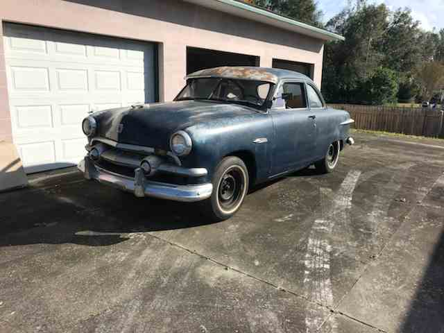 1951 Ford Deluxe | 1048926