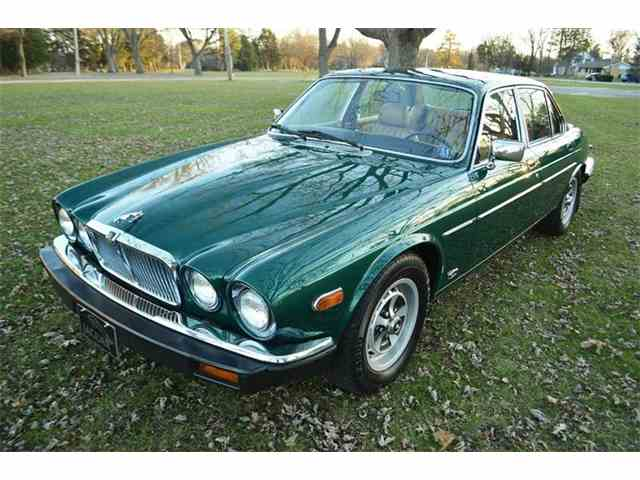 Picture of '83 Jaguar XJ located in Illinois - $17,900.00 Offered by Park-Ward Motors - MHOX