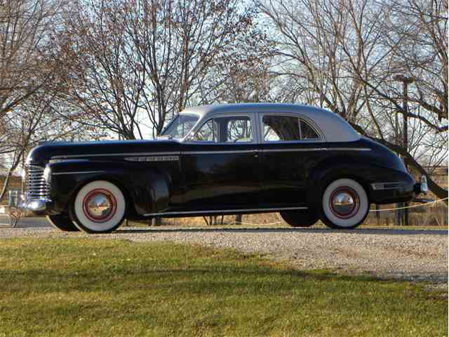 Picture of '41 Model 71 Roadmaster 4 Door Sedan - MHPJ