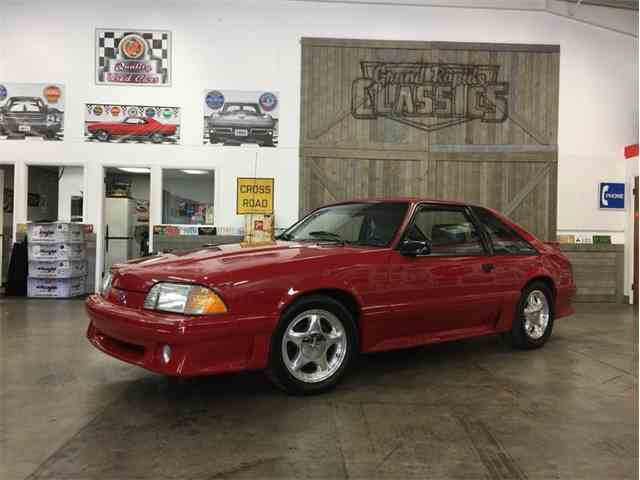 1989 Ford Mustang | 1049396