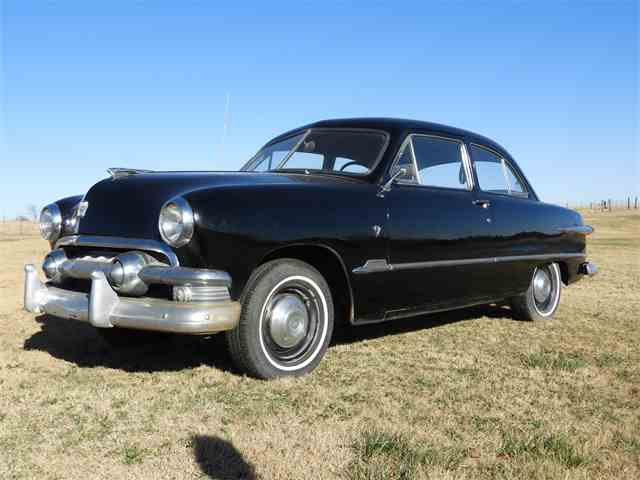 Picture of 1951 Ford Custom Auction Vehicle - MHU1