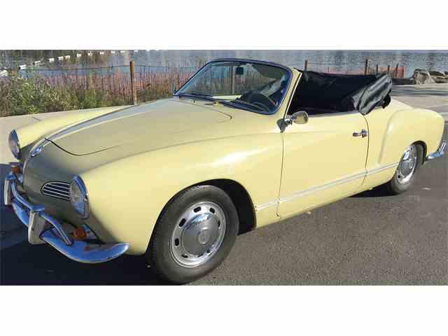 Picture of '67 Karmann Ghia - MHVQ