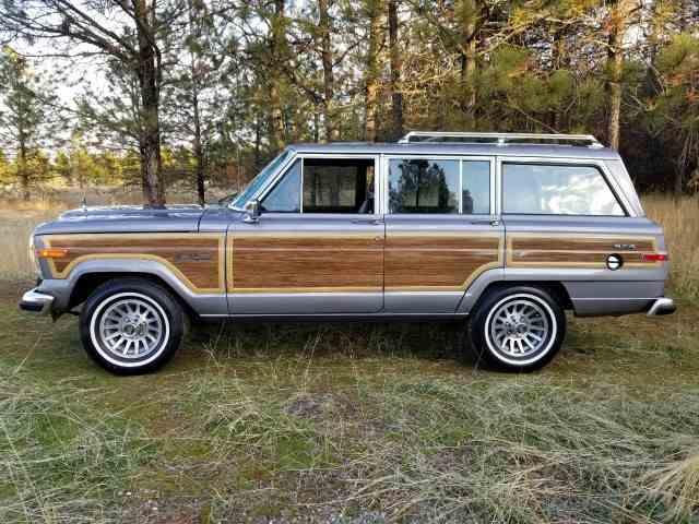Picture of 1989 Grand Wagoneer located in MASSACHUSETTS Offered by Classic Motorcars - MI1E