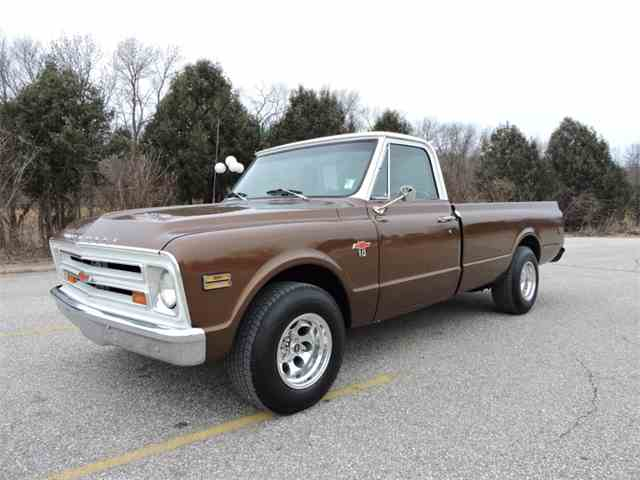 Picture of Classic '68 Chevrolet C10 located in Iowa Offered by Coyote Classics - MIZM