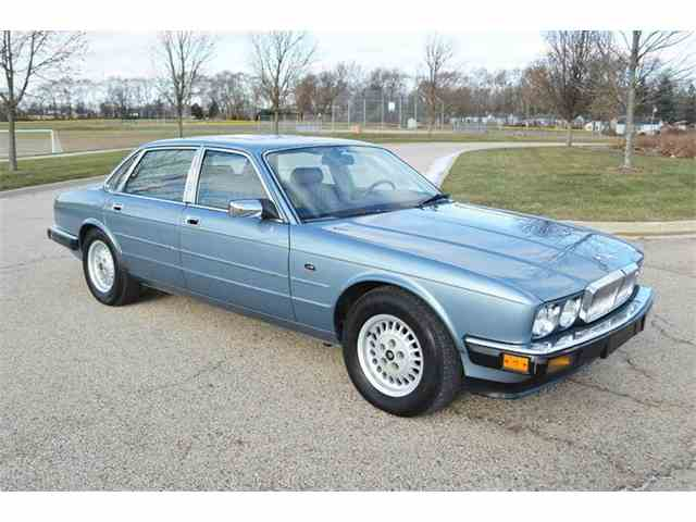 Picture of '89 Jaguar XJ located in Carey Illinois - $5,000.00 Offered by Park-Ward Motors - MIZZ