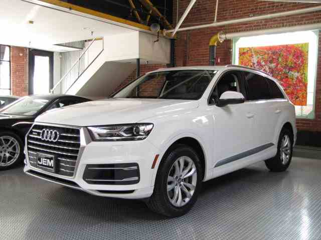 Picture of '17 Q7 - MJ5W