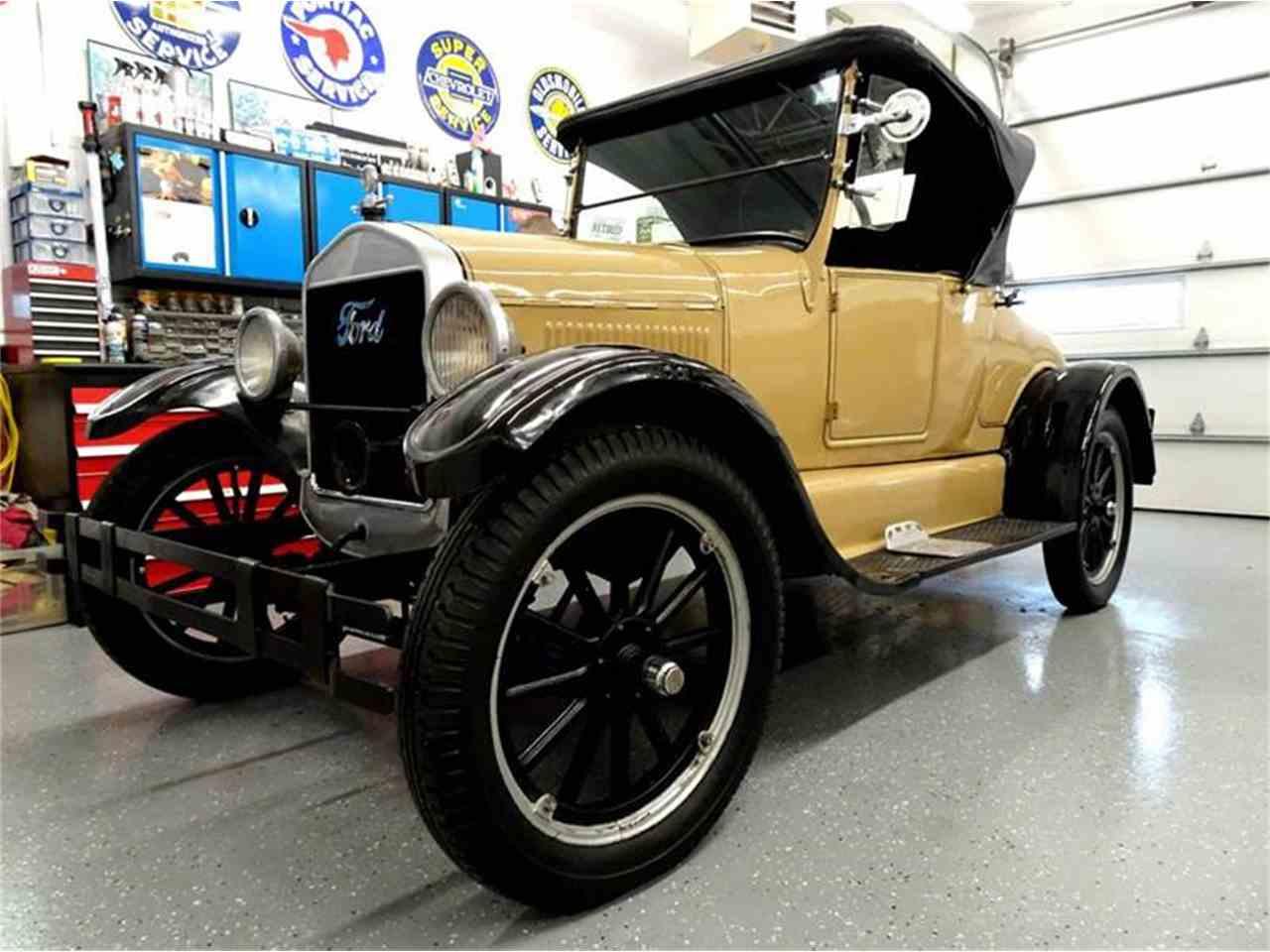 1926 ford model t for sale cc 1052797. Black Bedroom Furniture Sets. Home Design Ideas