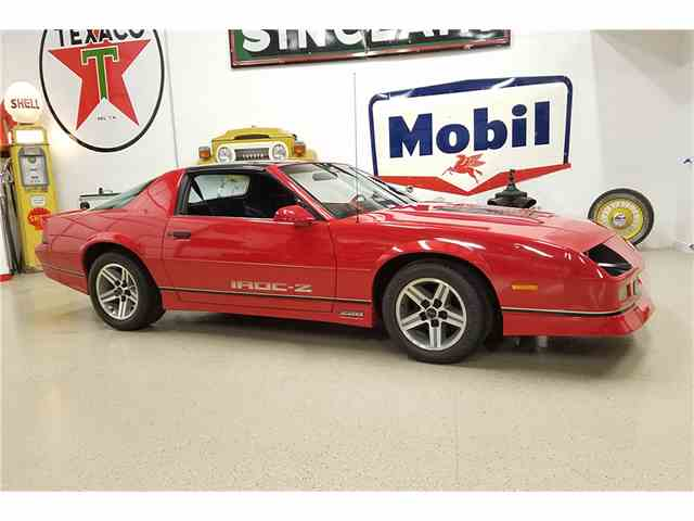 Picture of '86 Camaro IROC Z28 - MI7K