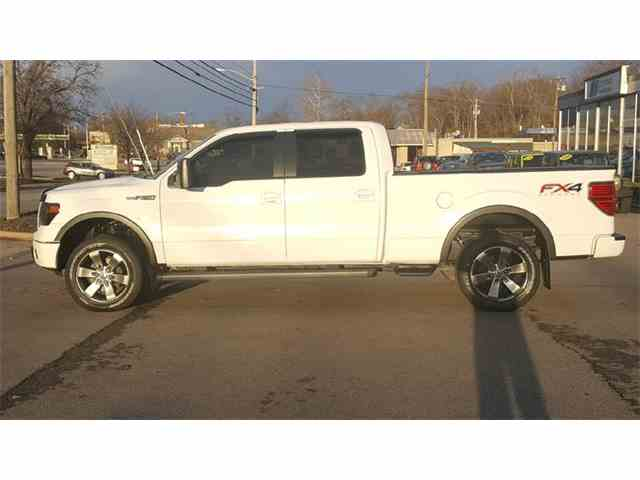 2014 Ford F150 | 1050389