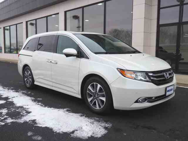 Picture of '15 Honda Odyssey located in Marysville Ohio - $27,999.00 - MLKN