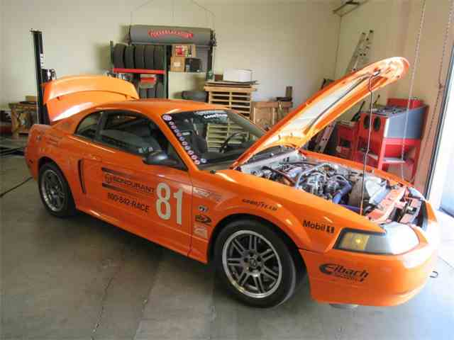 "Picture of '01 Mustang GT "" Bondurant"" Race Car - MLVI"