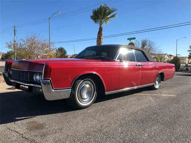 CC-1054834 1967 Lincoln Continental