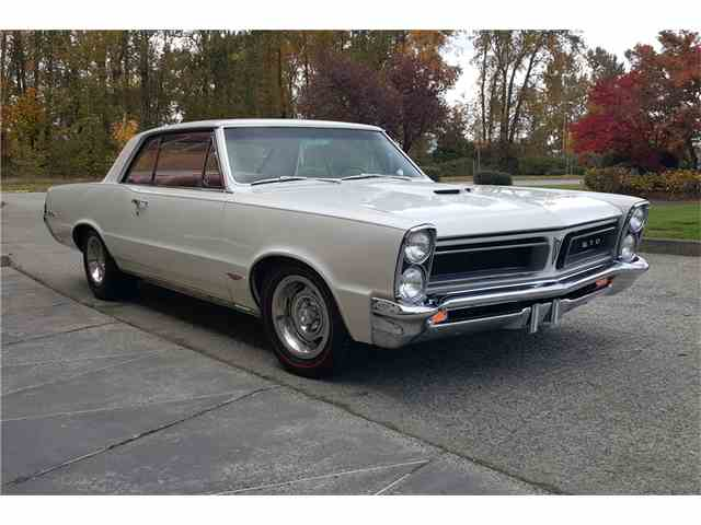 Picture of Classic '65 Pontiac GTO located in ARIZONA Auction Vehicle Offered by Barrett-Jackson Auctions - MIPQ