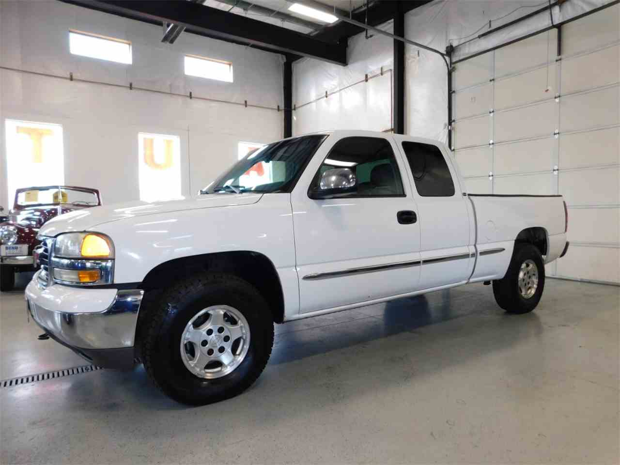 Large Picture of '02 Sierra 1500 - MO0D