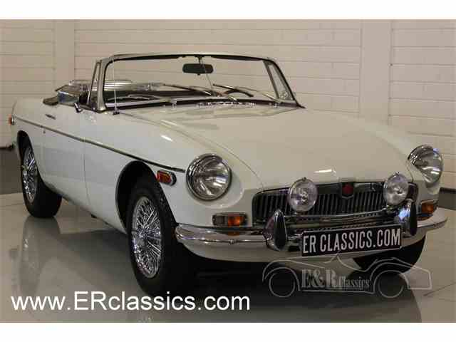 Picture of '75 MGB - MO9B