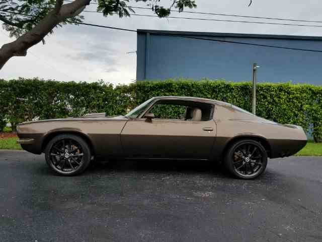 Picture of Classic 1971 Chevrolet Camaro located in Linthicum Maryland Offered by Universal Auto Sales And Classic Cars - MIUL