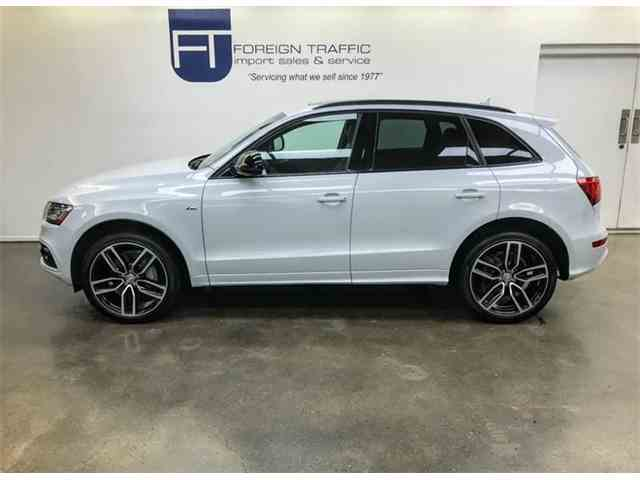 Picture of 2016 Audi Q5 located in Allison Park Pennsylvania Offered by Foreign Traffic Import Sales & Service - MPHG