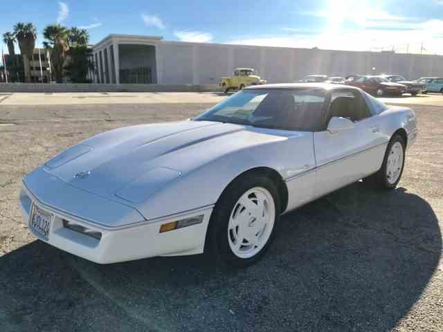 1988 CHEVROLET CORVETTE 35th Ann