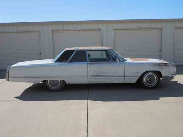 Picture of '67 Imperial Crown - MPQ8