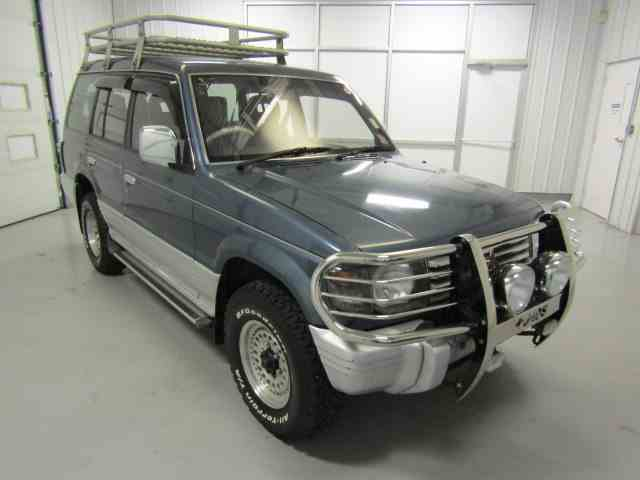 Picture of '92 Mitsubishi Pajero located in Christiansburg Virginia Offered by Duncan Imports & Classic Cars - MS47