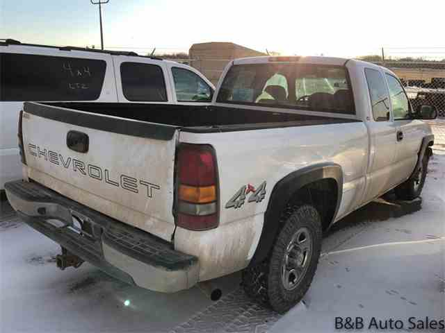 Picture of '02 Chevrolet Silverado located in South Dakota Offered by B & B Auto Sales - MTIH