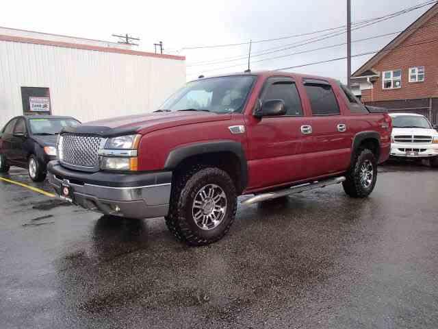 Picture of '04 Chevrolet Avalanche - MTNO